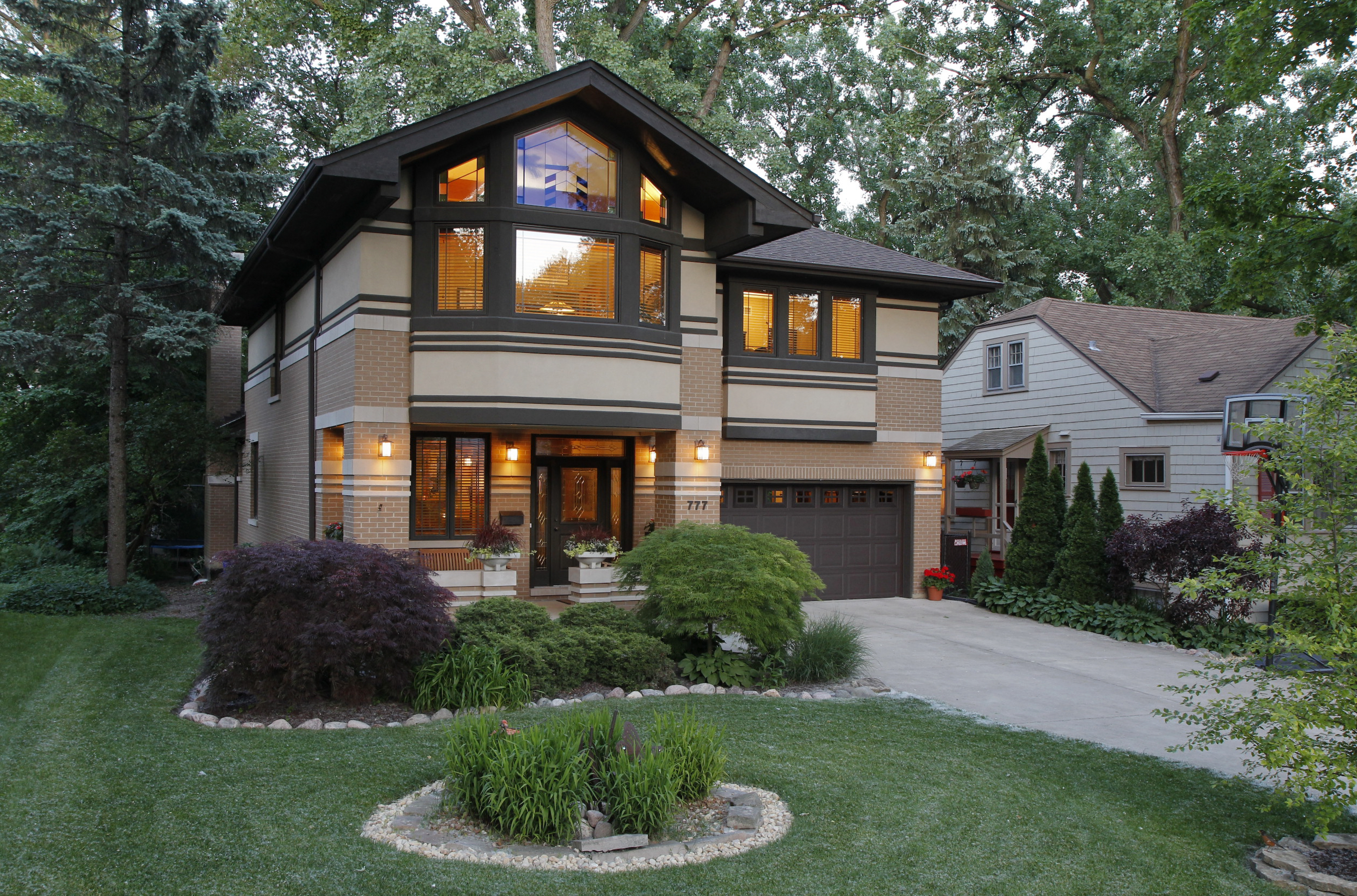 Prairie Style Home | Euclid Residence Front Prairiearchitect