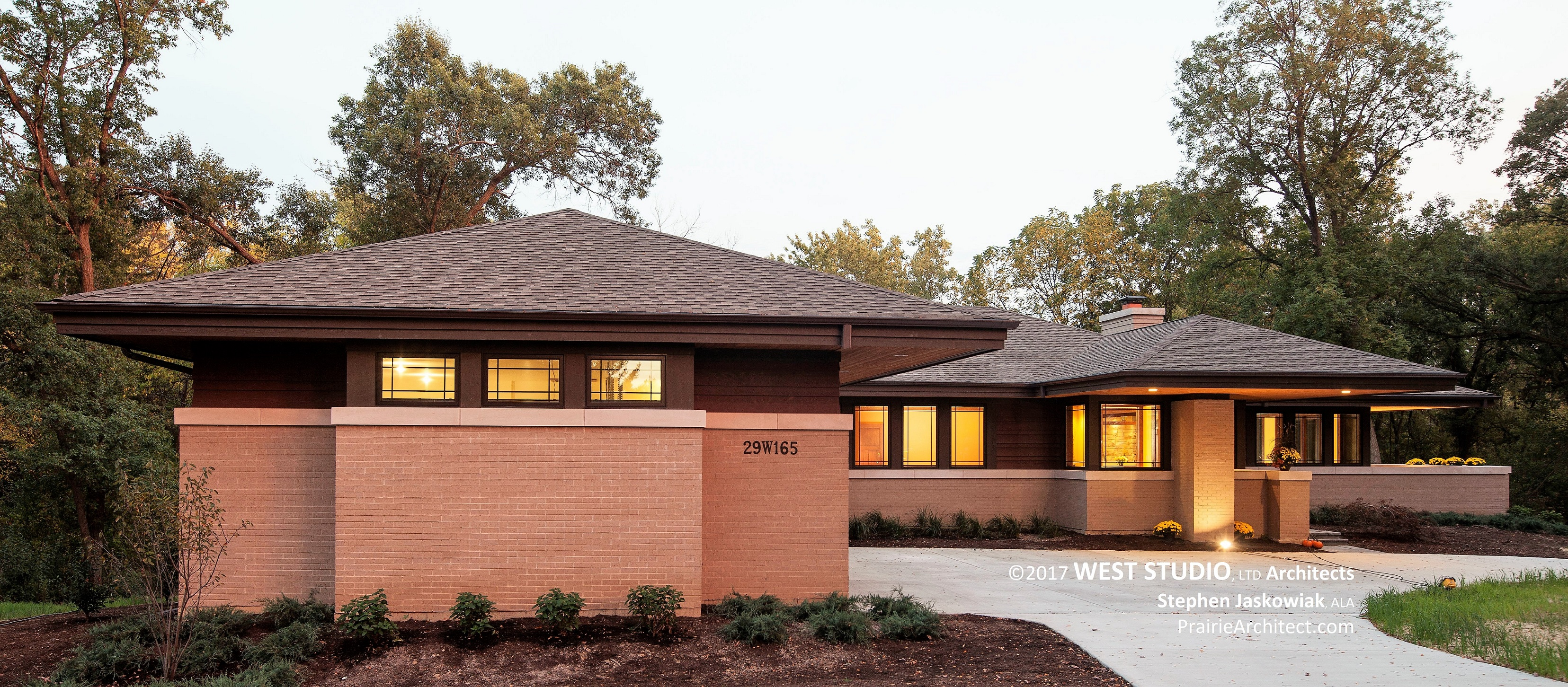 Prairie inspired architecture by west studio architects for New construction ranch style homes in illinois